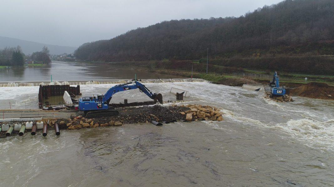 Barrage à Bogny
